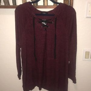 Long sleeve shirt with lace up detail